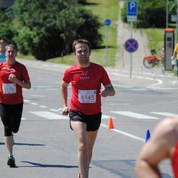 Olimpinės dienos bėgimas - KarutisRolandas (4145), SmirnovasSaulius (4175)