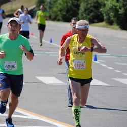 Olimpinės dienos bėgimas - KavaliauskasPetras (4105), ZhonovychIaroslav (6096)