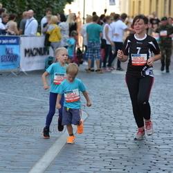 11th Danske Bank Vilnius Marathon - Lina Burdenkova (11538), Marius Burdenkovas (11541)