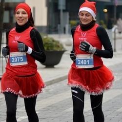 Perskindol kalėdinis bėgimas - Aira Klusaitiene (2075), Diana Avgustinovic (2401)