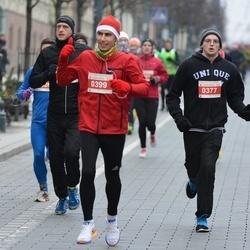 Perskindol kalėdinis bėgimas - Marius Gudzevicius (377), Laimonas Vitkus (399)