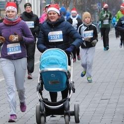 Perskindol kalėdinis bėgimas - Katja Schmela-Avizedeq (2125), Giedre Keen (2321)