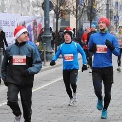 Perskindol kalėdinis bėgimas - Simonas Paketuras (131), Julius Kalcas (268), Andrejus Kolmykovas (571)