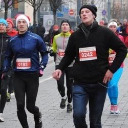Perskindol kalėdinis bėgimas - Vladas Latvenas (193), Donatas Basys (242)