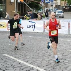 DNB - Nike We Run Vilnius - Arturas Bendorius (3121), Mindaugas Paulauskas (3205), Martynas Kevišas (3977)