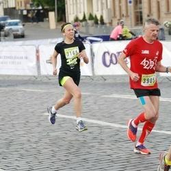 DNB - Nike We Run Vilnius - Dovile Leskauskaite (3165), Dainius Petkevicius (3905)