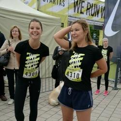 DNB - Nike We Run Vilnius - Georgina Gillot (4309), Susannah Gillot (4310)