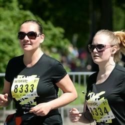DNB - Nike We Run Vilnius - Lina Giedriene (8333), Greta Giedryte (8334)