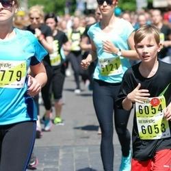DNB - Nike We Run Vilnius - Algimantas Gaiþauskas (6053), Adomas Chlebinskas (6054)