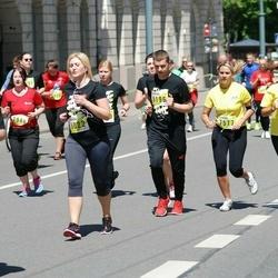 DNB - Nike We Run Vilnius - Diana Ardinaviciene (7577), Ernesta Šakyte (8022), Tomas Bedalis (9196)