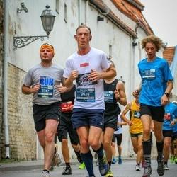 12th Danske Bank Vilnius Marathon - Adam Pilarski (626), Sergejs Bickovs (787)