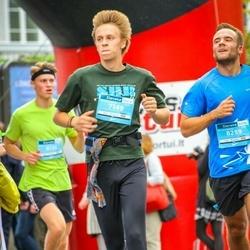 12th Danske Bank Vilnius Marathon - Jonas Repečka (7149), Matas Balčėtis (8259)