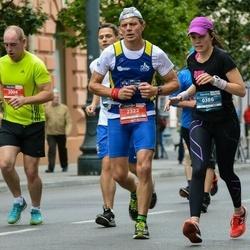 12th Danske Bank Vilnius Marathon - Sanna-Mari Laitinen (386), Marek Długosz (2322)