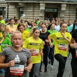 12th Danske Bank Vilnius Marathon - Greta Radzevičienė (12822), Loreta Čepulytė (13290), Radvilė Doskutė (13341), Brigita Radvilavičiūtė (13342)