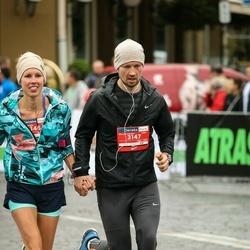 12th Danske Bank Vilnius Marathon - Vilma Garliauskiene (3146), Justinas Garliauskas (3147)