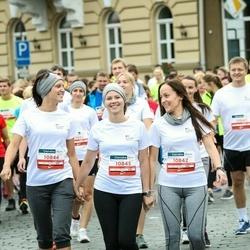12th Danske Bank Vilnius Marathon - Beata Karbutovič (10842), Kamilė Klupšienė (10844), Ieva Paliliūnienė (10845)