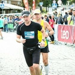 12th Danske Bank Vilnius Marathon - Olegas Kairys (336), Jurij Dorofejev (821)