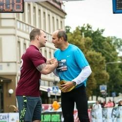 12th Danske Bank Vilnius Marathon - Saulius Nainys (834), Hamilton Devin (1018)