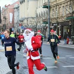 Vilnius Christmas Run - Ričards Kvedaravičus (87), Modestas Bacys (201)