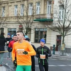 Vilnius Christmas Run - Gediminas Mačys (377), Dariuš Danilevičius (717)
