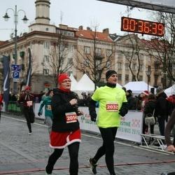 Vilnius Christmas Run - Brigita Lukoševičienė (2014), Edmundas Burba (2032)