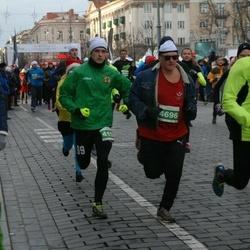 Vilnius Christmas Run - Lukas Morkus (4098), Rimtautas Gaivenis (4696)