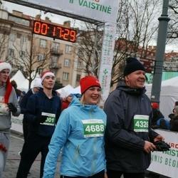 Vilnius Christmas Run - Darius Ulickas (4326), Rūta Butkienė (4688)