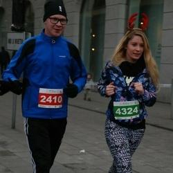 Vilnius Christmas Run - Mindaugas Svetkovas (2410), Dovile Arzuolaityte (4324)