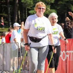 Nike Riga Run - Ārija Grīntāle (6236), Līvija Baļčūne (6239)