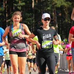 Nike Riga Run - Vineta Pētersone (396), Agnese Pastare (1677)