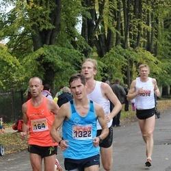 Sigulda Half Marathon - Jānis Gailis (164), Māris Babris (1014), Ruslans Smolonskis (1322)