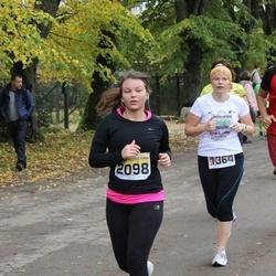 Sigulda Half Marathon - Agnese Vēze (1364), Anete Kāle (2098)
