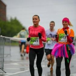 The 25th Lattelecom Riga marathon - Agnese Meikšāne (4603), Ilze Klaušmane (6665)