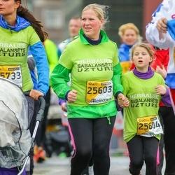 The 25th Lattelecom Riga marathon - Evita Cēre (25603), Daniela Cēre (25604)