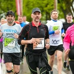 The 25th Lattelecom Riga marathon - Vesa Pekkala (246), Iker Velez (5317)