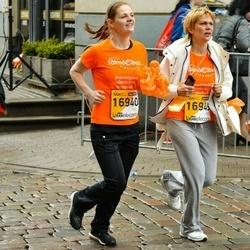The 25th Lattelecom Riga marathon - Aija Bite (16940), Ilze Kalniņa (16949)