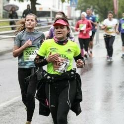 The 25th Lattelecom Riga marathon - Magaly Chauvy (1227), Agnese Vēverbrante (2624)