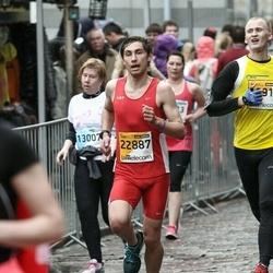 The 25th Lattelecom Riga marathon - Laine Cekule (13007), Kārlis Lukjanovs (22887)