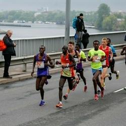 The 26th Lattelecom Riga Marathon - Charles Wachira Maina (4), Shumet Akalnew Mengistu (9)