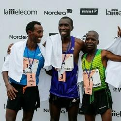 The 26th Lattelecom Riga Marathon - Dominic Kangor Kimwetich (11), Kaleab Selomon Ghilagabr (12)