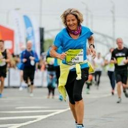 The 26th Lattelecom Riga Marathon - Rebecca Jane Barnaby (2740)