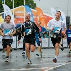 The 26th Lattelecom Riga Marathon - Linda Regzdiņa (11896), Jurijs Skorodihins (13303)