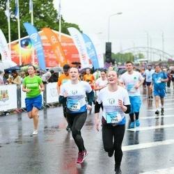 The 26th Lattelecom Riga Marathon - Agnese Varlamova (8783), Kitija Zandberga (8790)