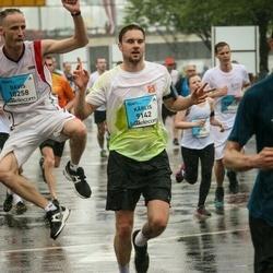 The 26th Lattelecom Riga Marathon - Kārlis Kinderevičs (9142), Dāvis Bretšneiders (10258)