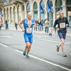 The 26th Lattelecom Riga Marathon - Tuomas Talvila (320), Aho Augasmägi (1320)