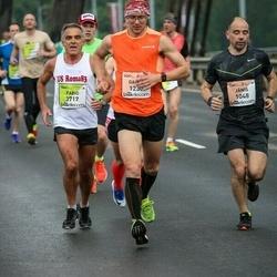 The 26th Lattelecom Riga Marathon - Jānis Vītiņš (1048), Dainis Limanāns (1230), Fabio Riccitelli (3717)