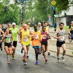 The 26th Lattelecom Riga Marathon - Robert Corbally (15), Mulunesh Zwedu Asefa (29), Ernestas Vedeikis (418)