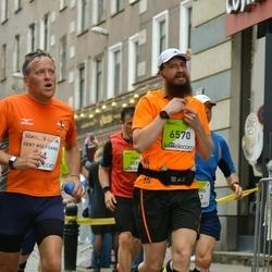 The 26th Lattelecom Riga Marathon - Gert Wolfgang Richter (711), Sandis Sauka (6570)