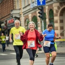 The 26th Lattelecom Riga Marathon - Luzie Boenigk (684), Eva Krause (688)