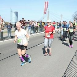 The 27th Lattelecom Riga Marathon - Ginta Viļuma (273), Agnese Irbīte (4344)